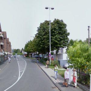 Mühlenstraße Porz-Mitte mit Parkplatz