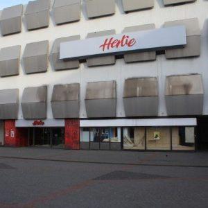 Hertie-Gebäude in Porz