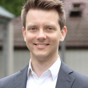 Dr. Simon Bujanowski