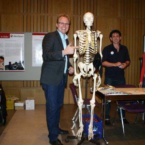 Jochen Ott besucht Porzer Ausbildungsbörse